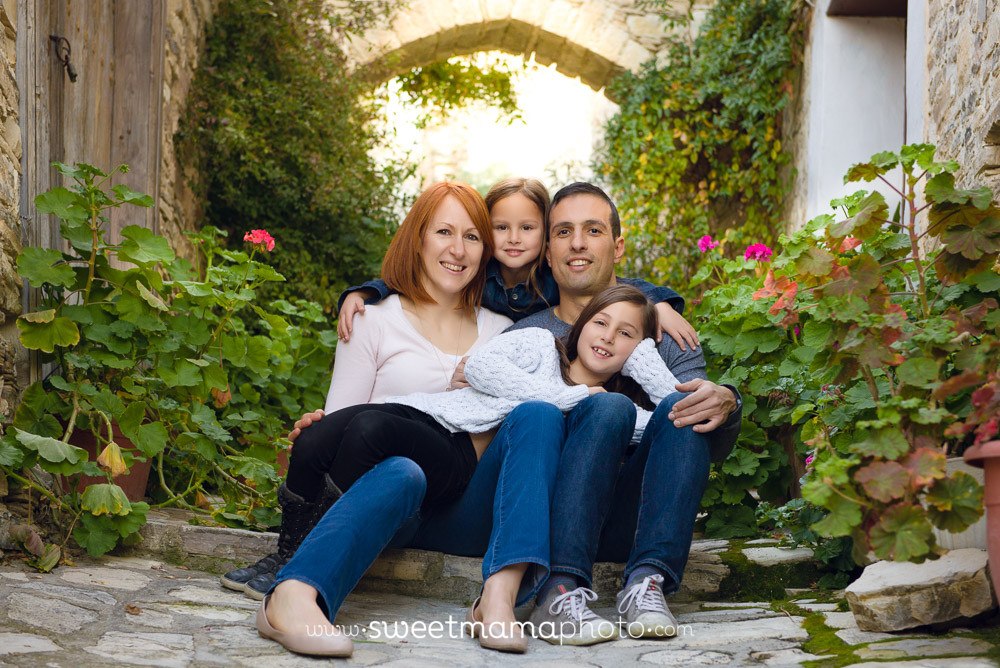 Family/children portrait by Cyprus-based Family portrait boutique Sweetmama Photography (Lefkara outdoors session)