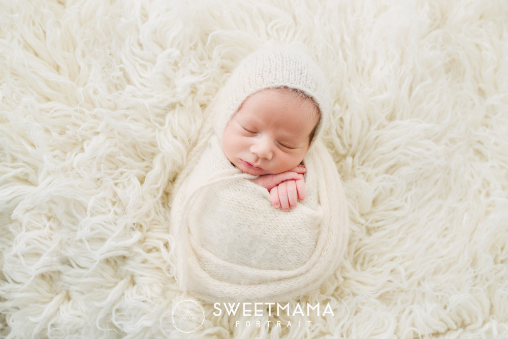 Newborn and baby/child Photography workshops with Sweetmama Photography - Cyprus photography boutique specializing in newborn, children, family, and maternity photography  Φωτογράφιση νεογέννητου, παιδιού, μωρού, Κύπρος. Παιδική και βρεφική φωτογράφιση (Λεμεσός, Λευκωσία, Λάρνακα)